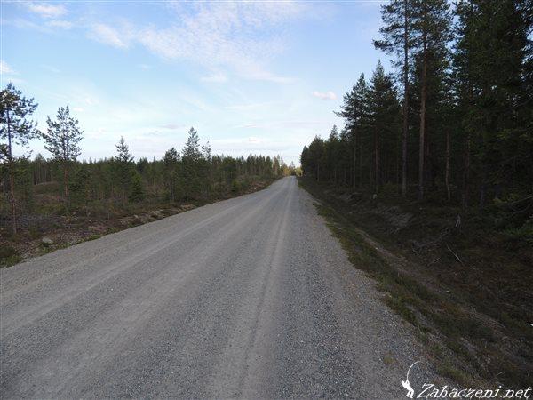 Drogi szutrowe - równiejsze niż polskie autostrady :)